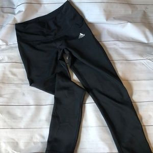 Adidas Climalite 3/4 leggings Black size Small
